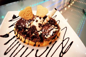 Scoops Desserts Waffle