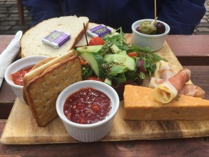 The Apple - Spaniard's Ploughmans