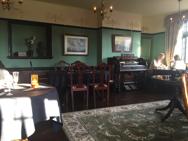The Historical Dining Rooms Totterdown Review
