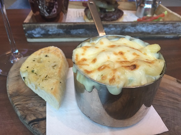 Urban Bar and Kitchen - Mac and cheese side