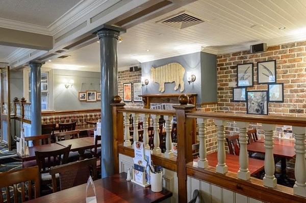 Henbury Arms - Interior
