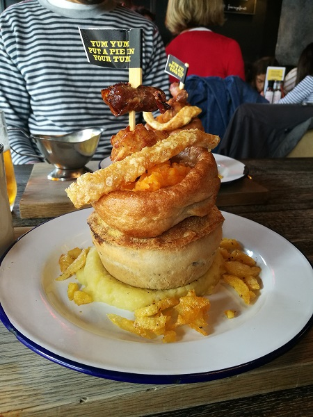 Pieminister Sunday Best - pie