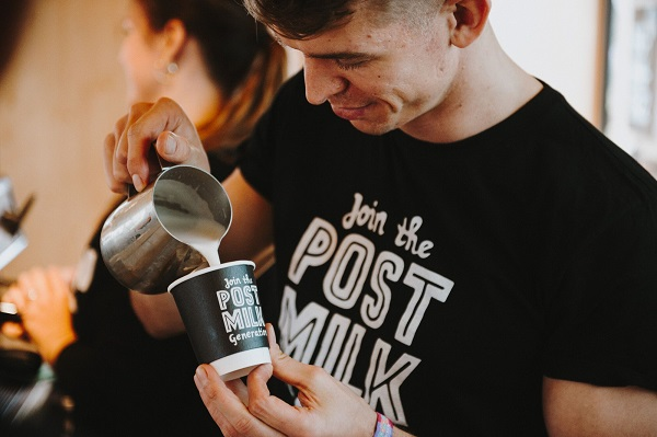 FREE Oatly hot drinks in Bristol for Veganuary