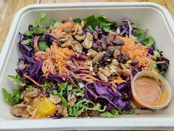 Love Yourself meal delivery - Packaged salad 2