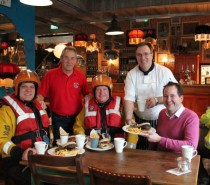 Impero Lounge, Portishead launches with help of Lifeboat Crew