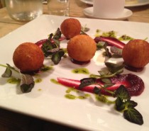 The Battleaxes, Wraxall: Review